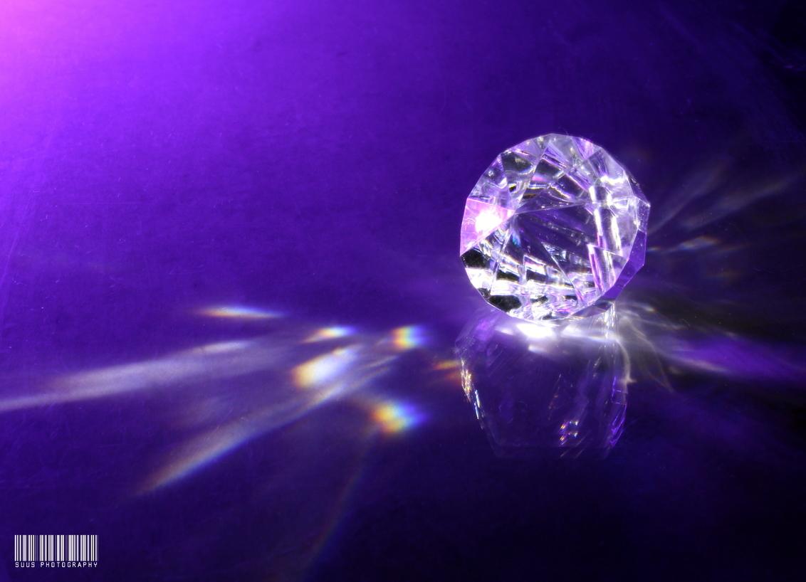 Diamonds are forever - - - foto door susannekim op 09-01-2021 - deze foto bevat: kleur, licht, reflecties, macrofotografie
