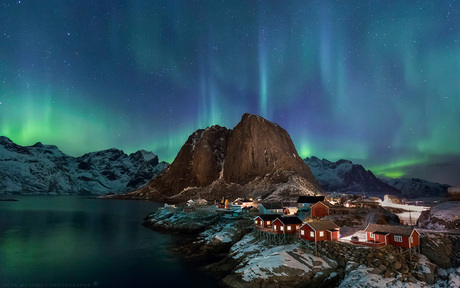 Aurora Borealis above Hamnoy Lofoten