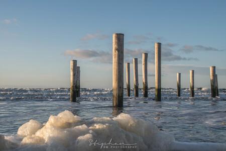 Onder water - - - foto door Steef29 op 02-03-2019 - deze foto bevat: lucht, wolken, zon, strand, zee, natuur, licht, landschap, schuim, petten, hoog water, palendorp