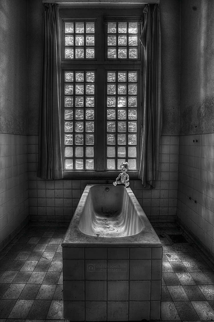 Take a Bath - Take a Bath - foto door kirstenscholten op 03-04-2018 - deze foto bevat: verlaten, urbex, urban exploring