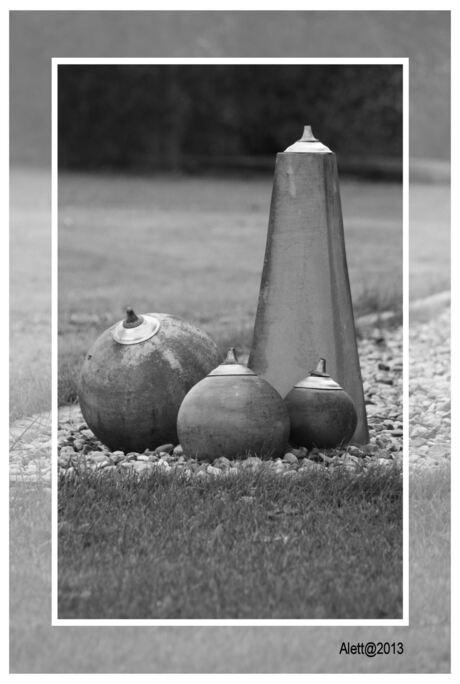 Black & White Candles