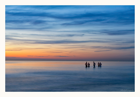 Kleuren na zonsondergang, strand 's-Gravenzande 25-8-2016