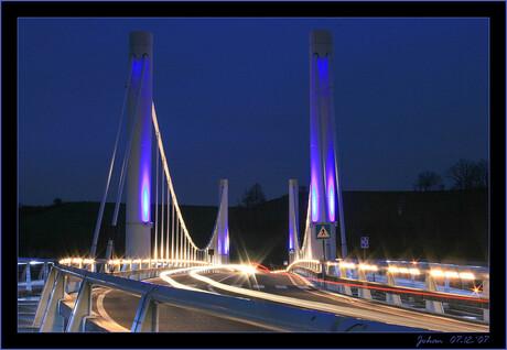 Lichtspel op de brug te Kanne