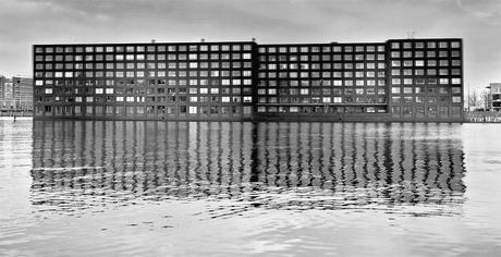 Spiegeling huizen Amsterdam
