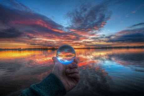 Glassball sunset elfhoeven