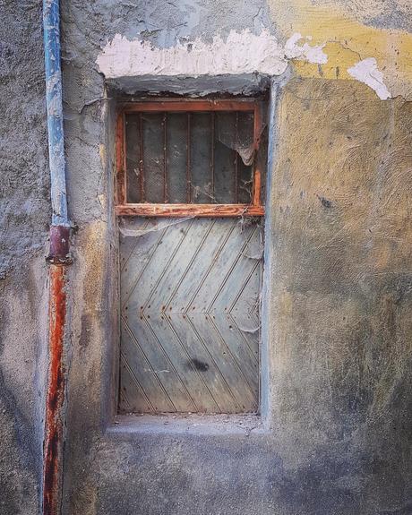 Vervallen raam