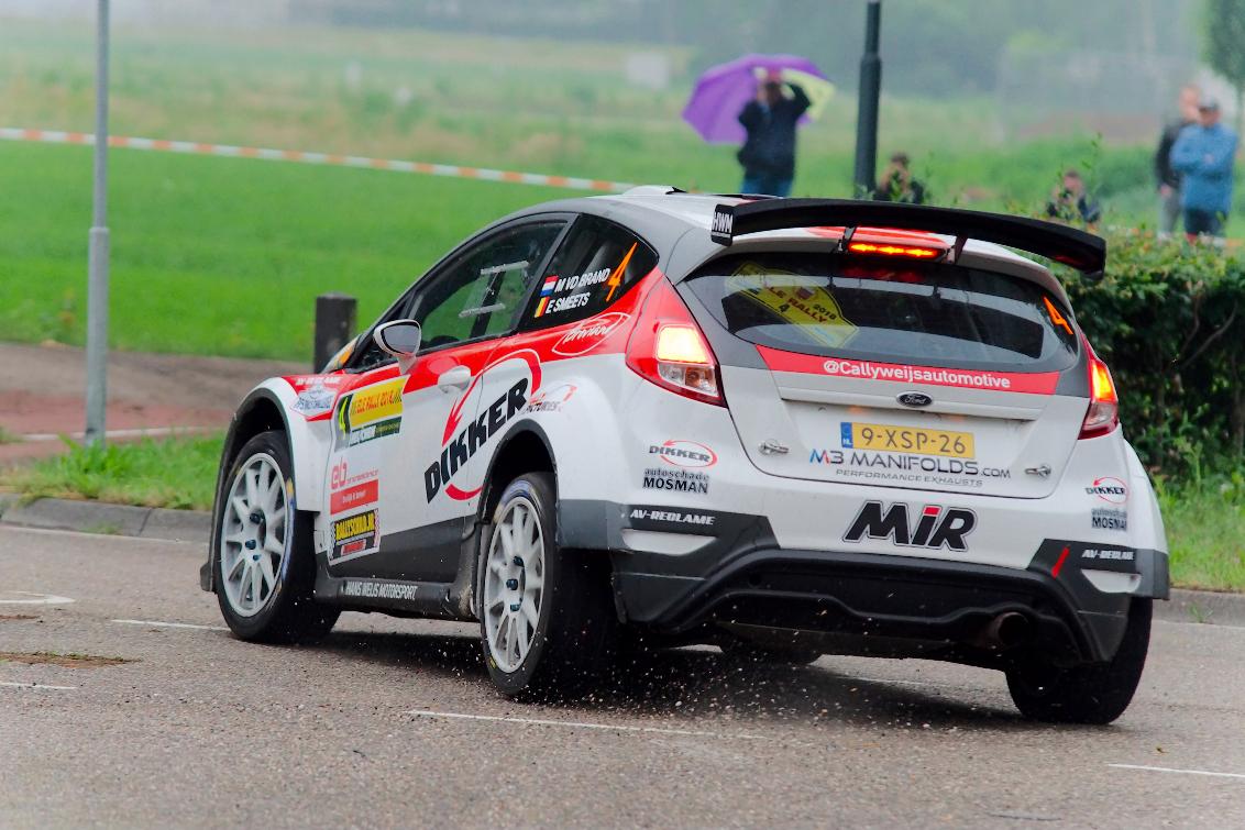 ELE Rally Actie Fiesta - Actiefoto van de eerste dag van de ELE Rally 2018 - foto door kevinzeelen op 01-06-2018 - deze foto bevat: auto, actie, snelheid, rally, autosport, wedstrijd, coureur