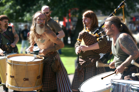 De band Clanadonia, Edinburgh