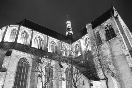 grote kerk bij nacht