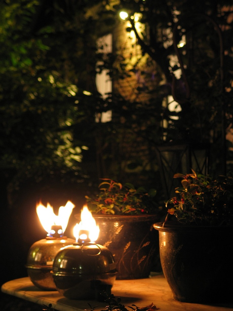 Vlammen in de nacht