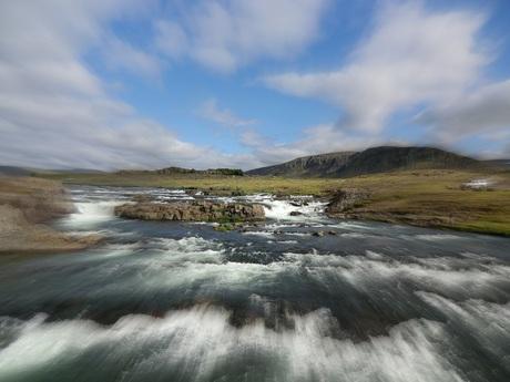 Snelstromend water op Ijsland