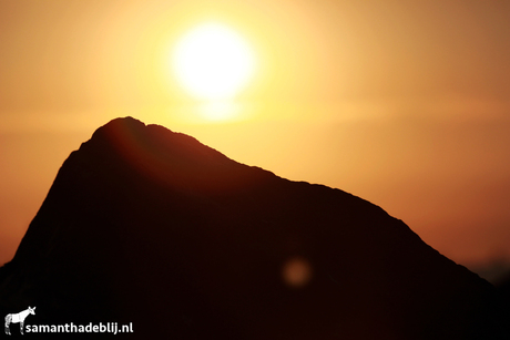 zonsondergang op hoek van holland