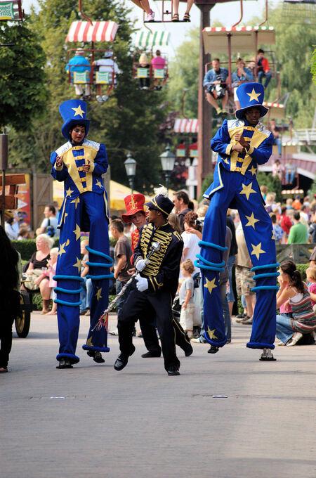 Parade in Slagharen - Een leuke en gezellige zomerparade in Slagharen. - foto door mickie op 13-08-2009 - deze foto bevat: parade, slagharen, optocht