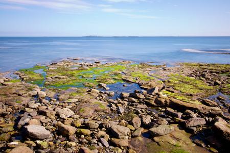 Seahouses - Gemaakt in de harbor van Seahouses, in de verte ziet men een deel van Farne Islands liggen. Gebruik gemaakt van ND-filter 10stops - foto door Fred-horst op 20-06-2014 - deze foto bevat: zon, zee, voorjaar, haven, seahouses, nd-filter, 10stops