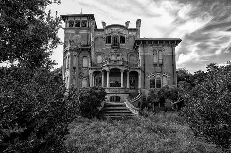 Italia Abandoned
