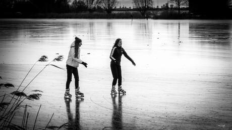 Yes, da's een tijd geleden op de schaats