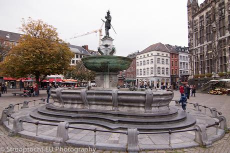 Karlsbrunnen, Aachen