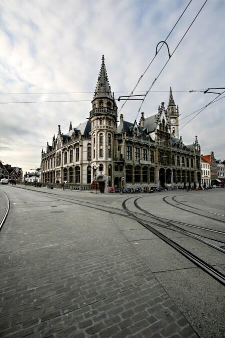 Gent 2 - blik op Gent - foto door dpf_zoom op 29-01-2012 - deze foto bevat: toren, gent, plein