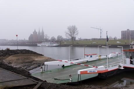 pont Mook & Middelaar - Cuijk met mist