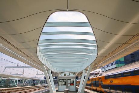 Station Arnhem -1-