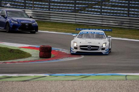 Mercedes AMG SLS GT3R