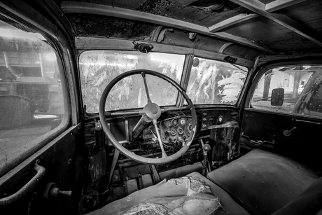 Cockpit oude vrachtwagen