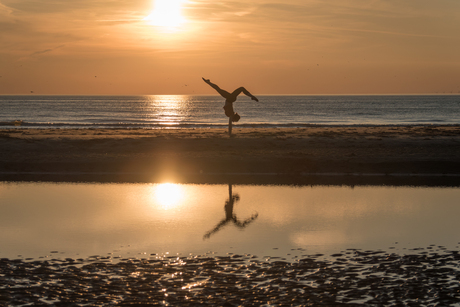 Yoga at the beach 2.0