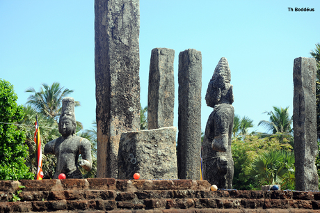 boedhistische tempel resten 1410260653mW