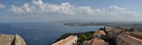 zeezicht Populonia Toscane
