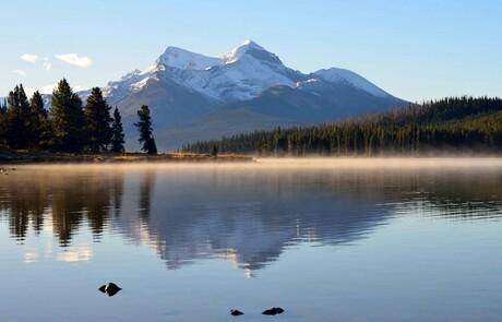 Maligne Lake early morning