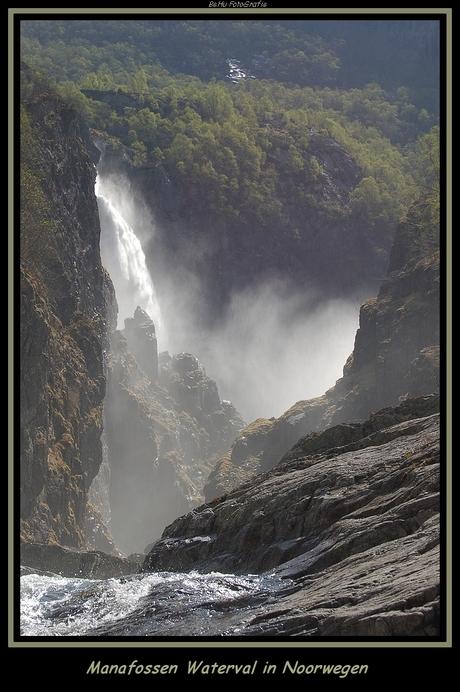 Manafossen waterval Noorwegen