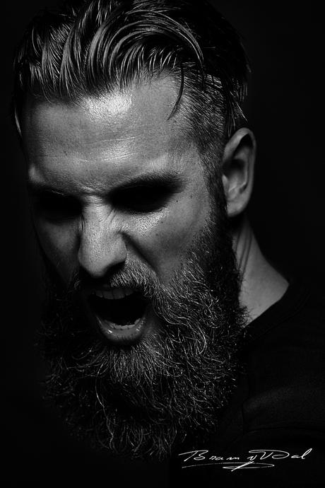 Model: Simon van den Berg