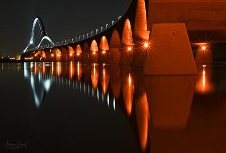 Oversteek bij Nijmegen met hoog water