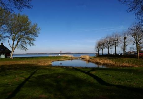 uitkijk over Gooimeer maart 21