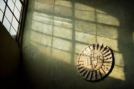In Hoc Signo Vinces - In Hoc Signo Vinces @ Castel'Angelo - foto door EmielioPrado op 22-02-2020 - deze foto bevat: straat, abstract, kasteel, kerk, rome, museum, jezus, straatfotografie, reisfotografie, ihs