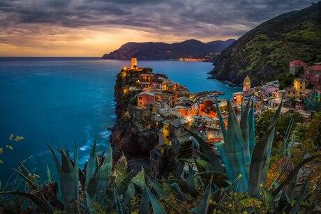 zonsondergang in Vernazza, cinque terre