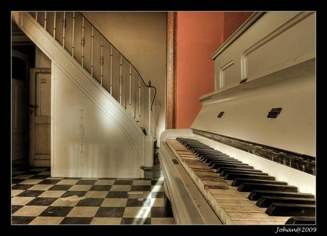 The long forgotten piano.