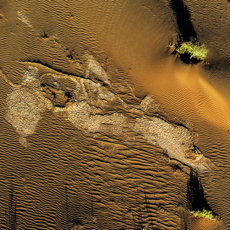 Woestijn Sossusvallei vanuit een luchtballon.