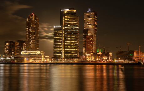 Avondfotografie - architectuur in Rotterdam
