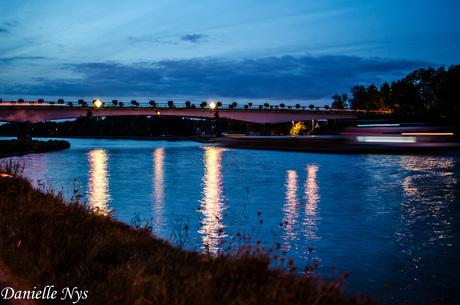 Albertkanaal by night.