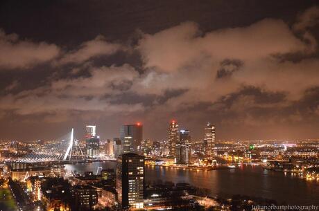 'Rotterdam in de avond'