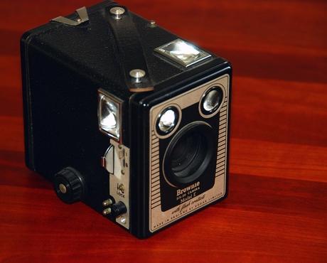 Vergane glorie -3 ; Kodak Brownie SIX 20 model E