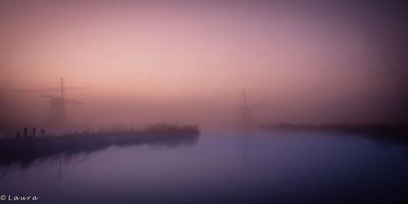 Molens in de mist