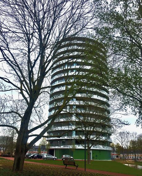 de nieuwe flat in Selwerd