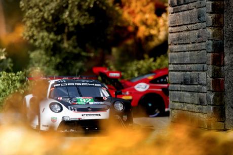 Porsche 911 RSR 2020 op schaal 1/43