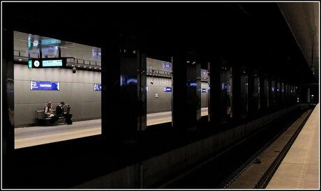 Metro .Amsterdam ..
