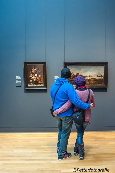 Rijksmuseum 1 - - - foto door petter24 op 25-11-2015 - deze foto bevat: amsterdam, kleur, licht, museum, kijken, toeristen, rijksmuseum, schilderijen, bezoekers, oude meesters
