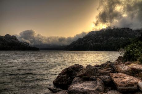 Storm op het stuwmeer