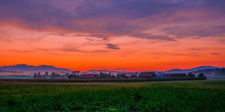 sunset in Bela Krajina, Slovenië