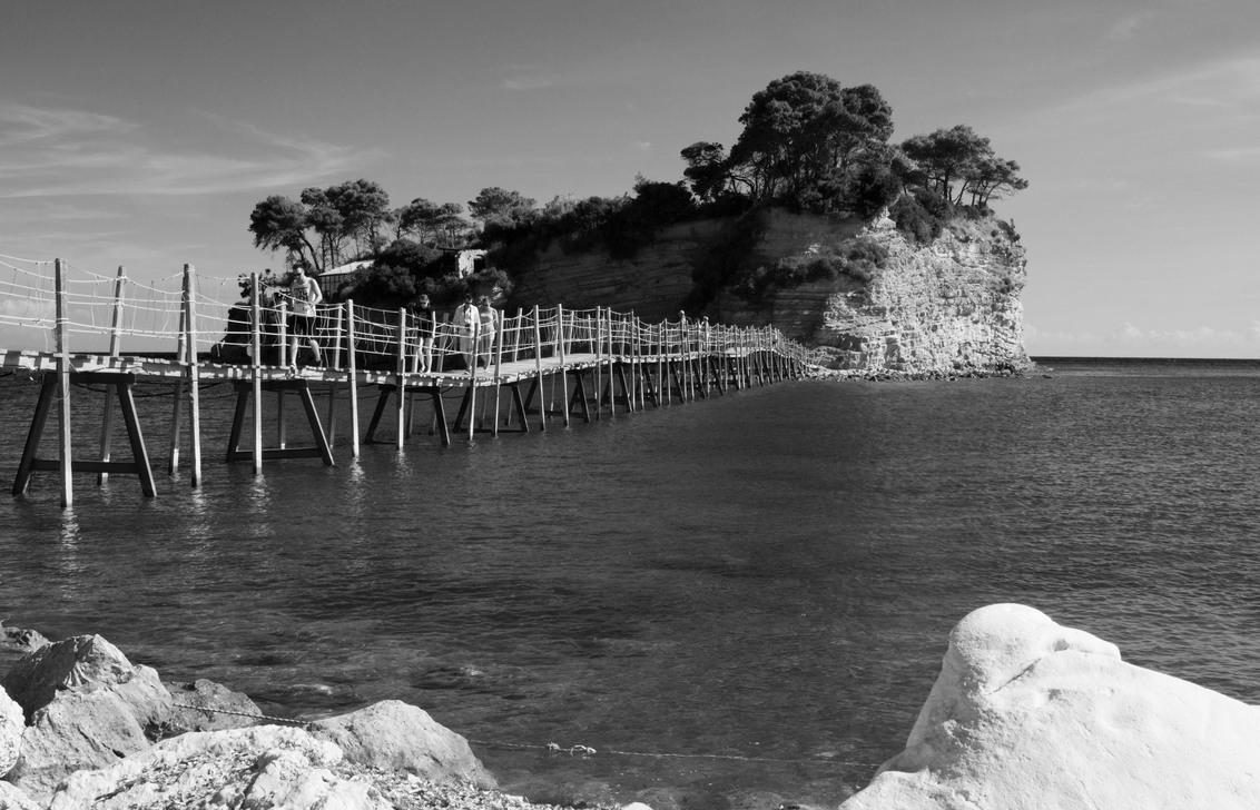 IMG_0947 - kopiezwart wit - Beroemde eilandje van Zakynthos - foto door hennelies op 17-10-2015